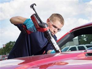آب بندی شیشه اتومبیل